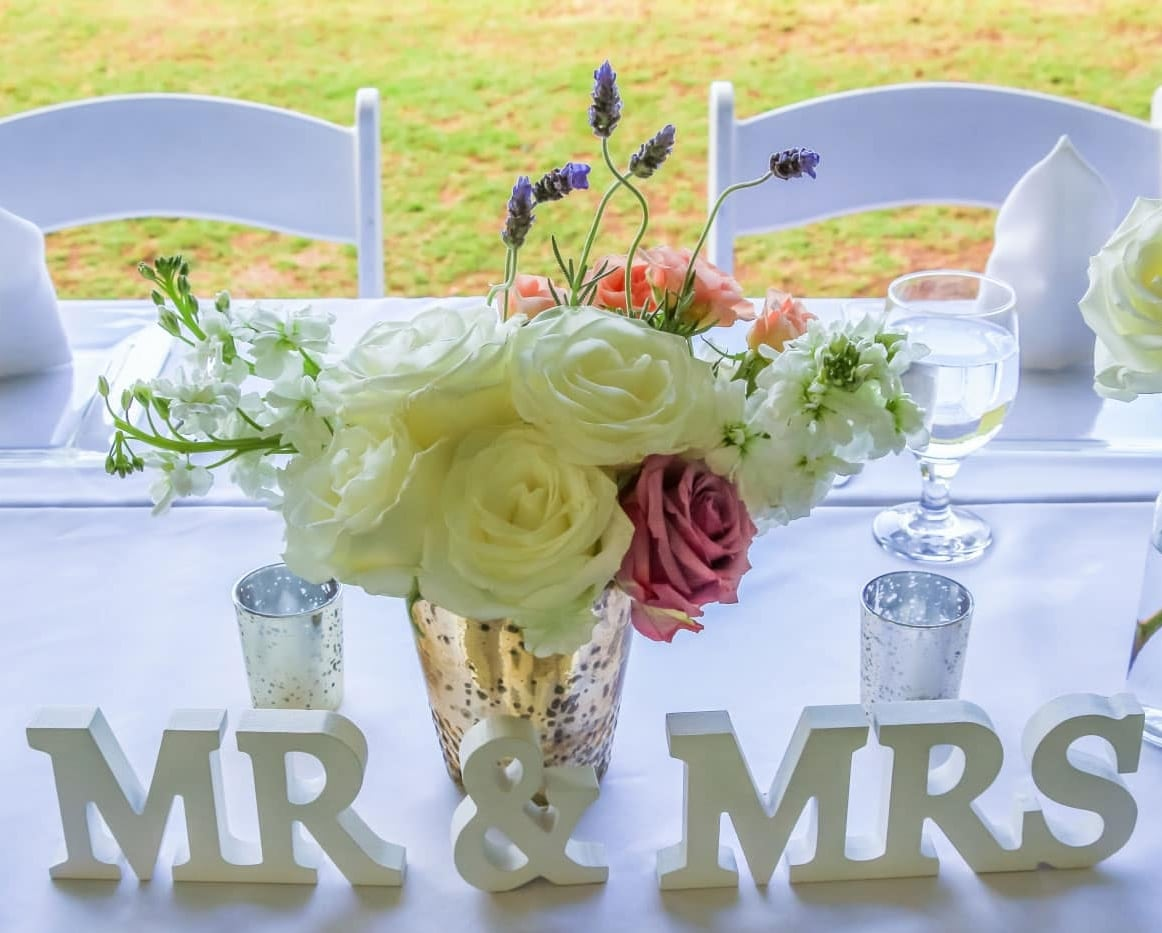 bride groom table